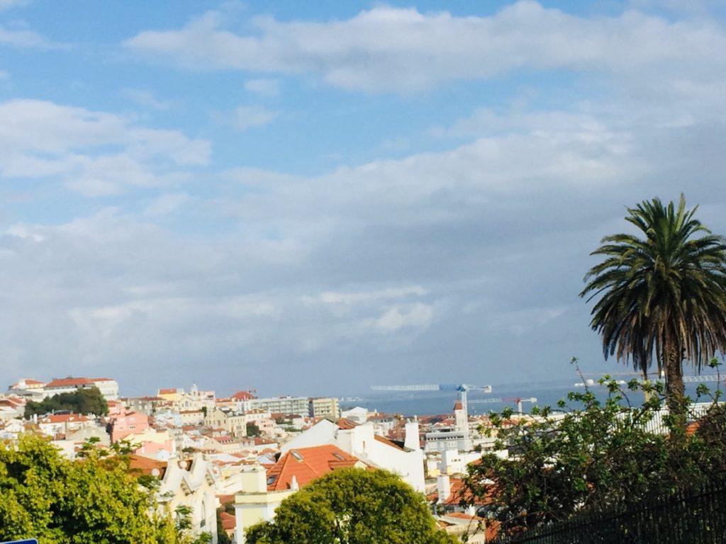 Estrela und Lapa - Leben in Lissabon 12 Estrela Lapa Sicht Tejo