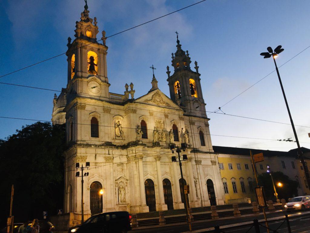 Estrela und Lapa - Leben in Lissabon 3 Kirche Estrela