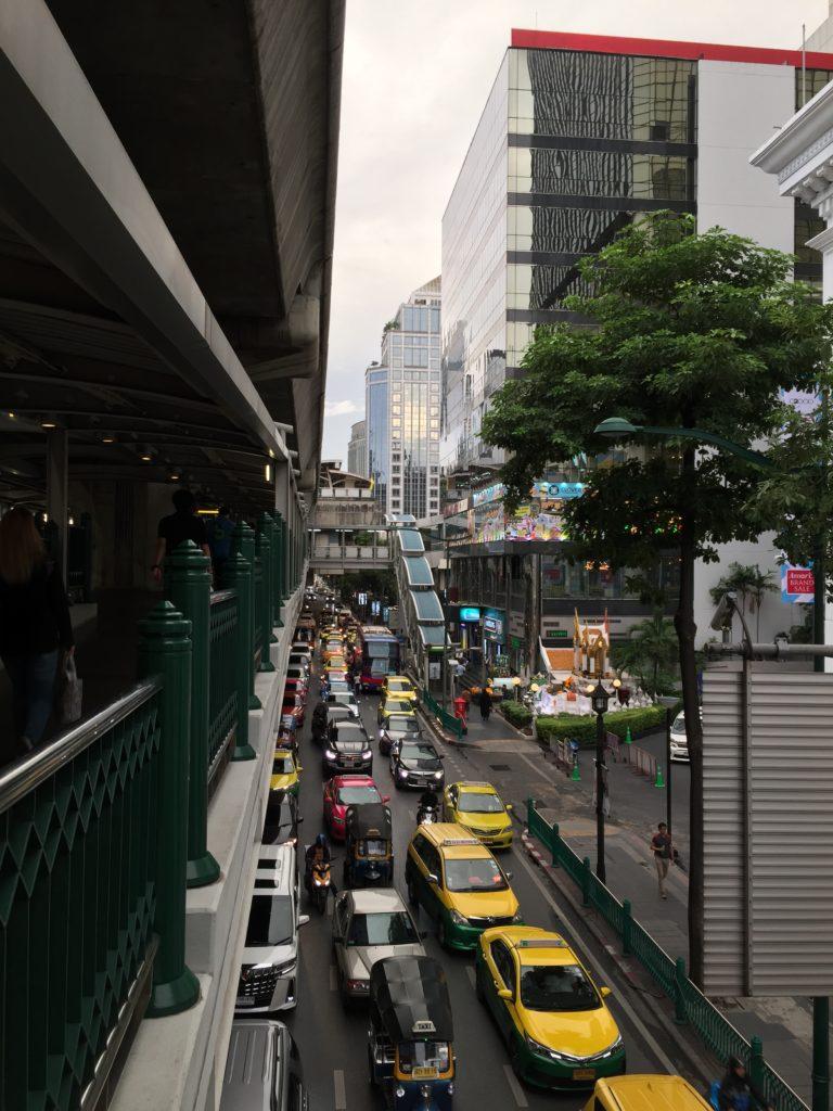 Bangkok - Leben im Viertel Sukhumvit 1 Skype Picture 2020 09 07T20 36 48 592Z