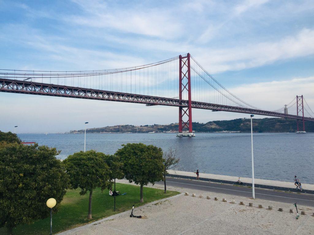 Alcântara  Brücke Lissabon 25 April Brücke